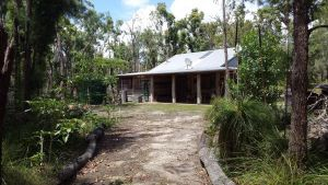 Byfield Cabins on Waterpark Creek - Tourism Brisbane