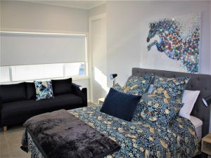 Coolah Shorts - Self Contained Apartments - Tourism Brisbane