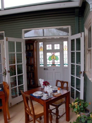 Heritage Cottage Bed And Breakfast - Tourism Brisbane