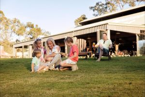 Paradise Country Farmstay - Tourism Brisbane