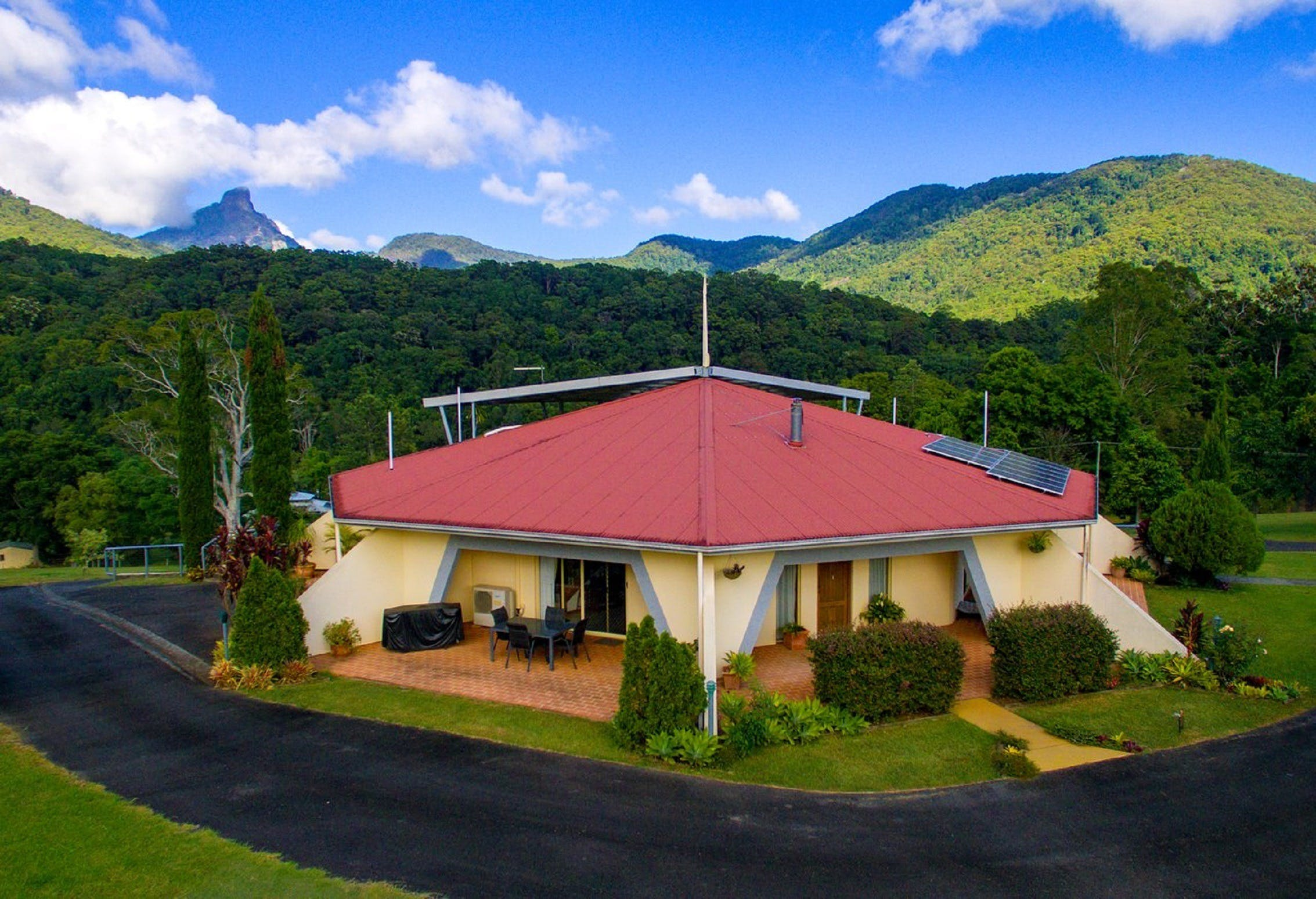 A View of Mount Warning Bed and Breakfast - Tourism Brisbane