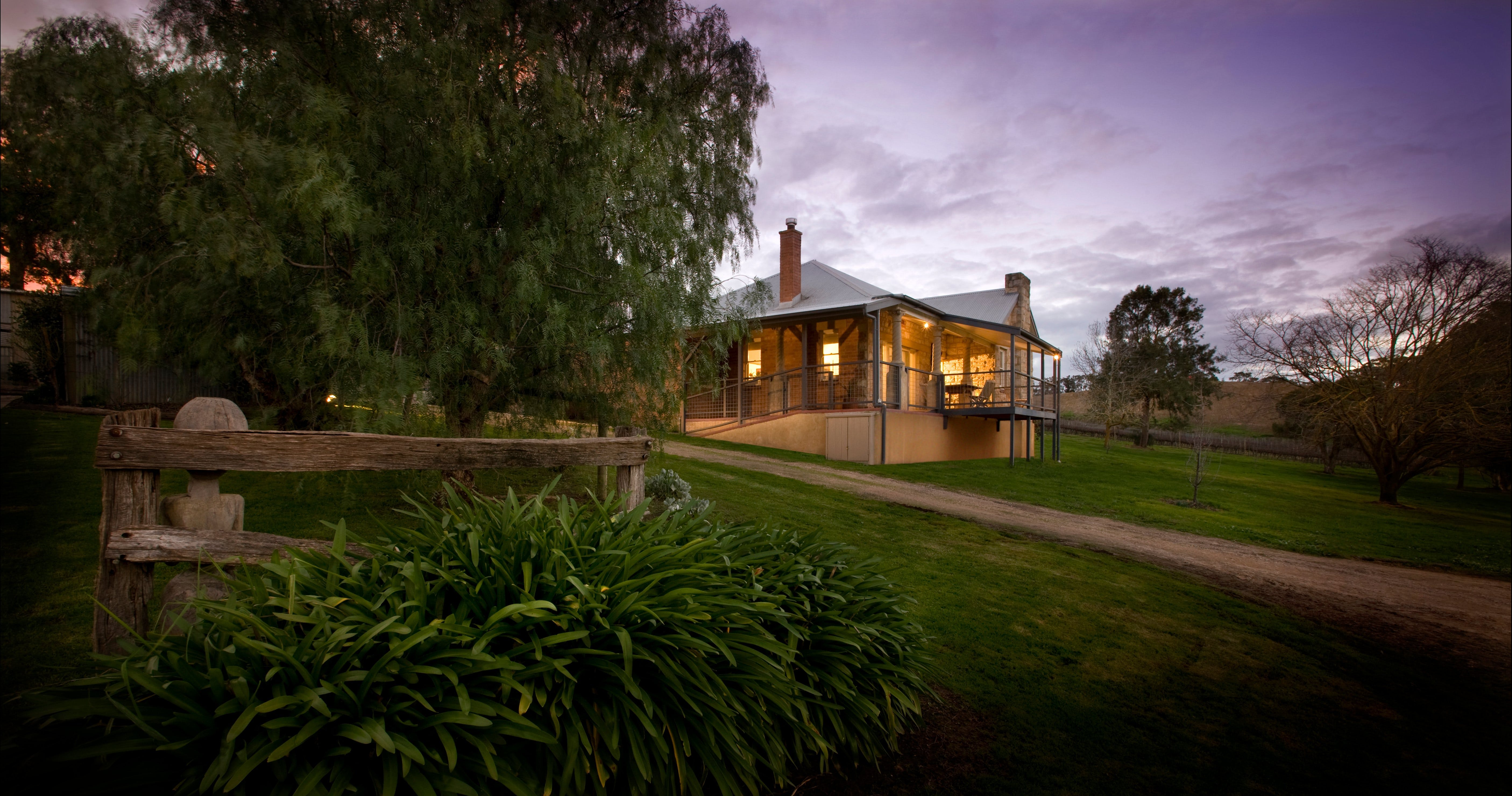 Longview Vineyard Accommodation - Tourism Brisbane