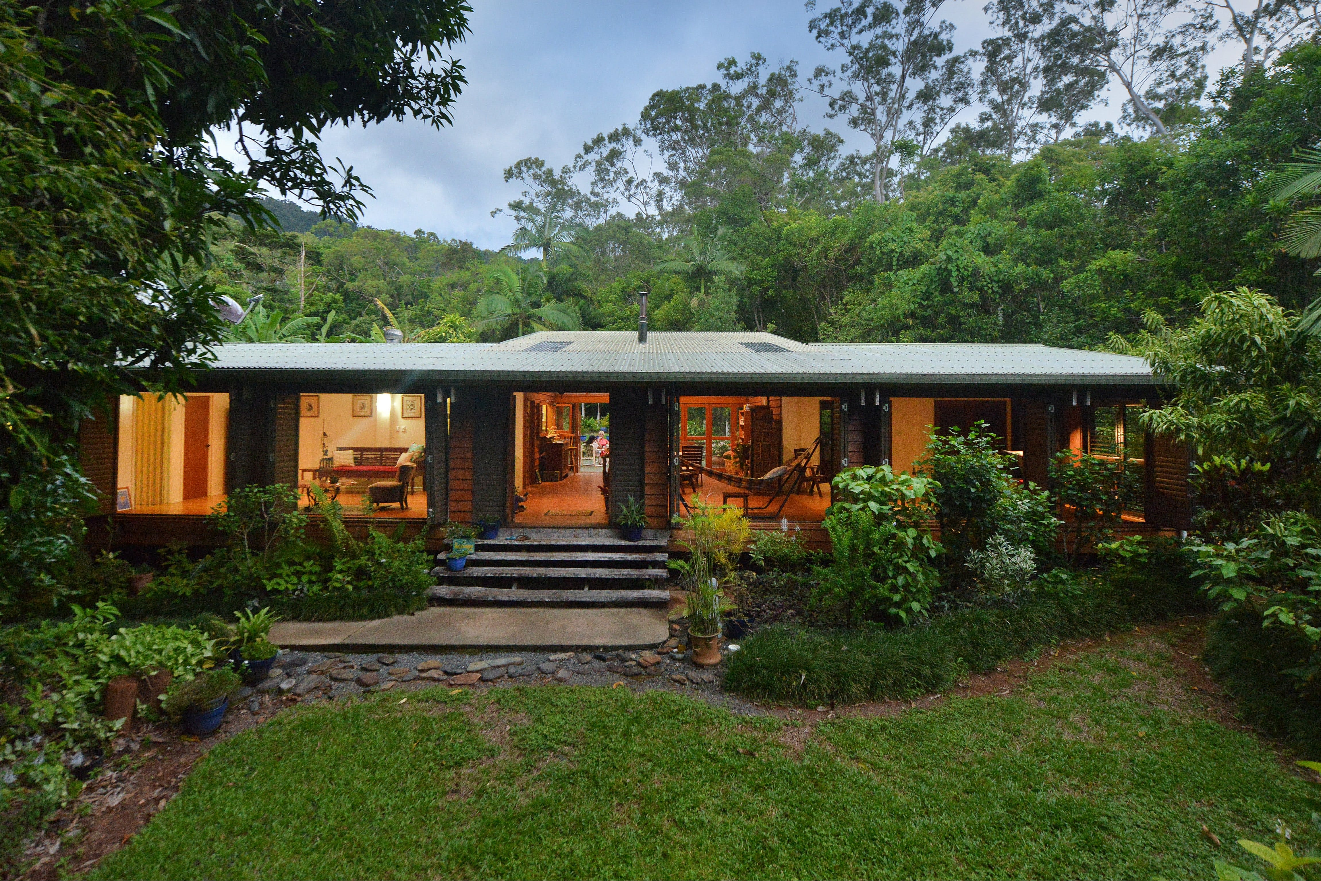 Cow Bay Homestay Bed and Breakfast - Tourism Brisbane