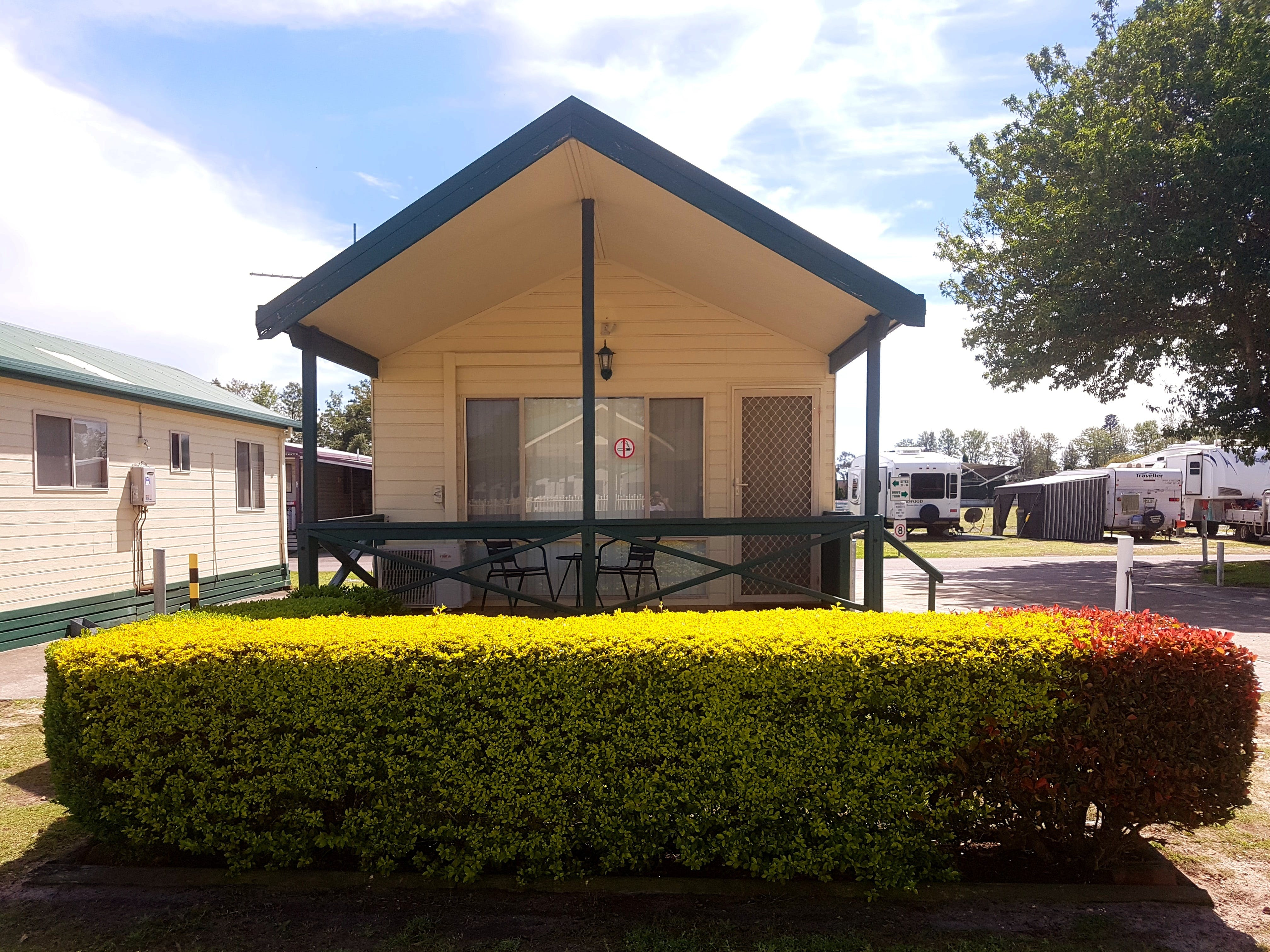 Pacific Gardens Village - Tourism Brisbane