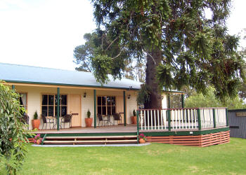 Snowy River Homestead Bed and Breakfast - Tourism Brisbane