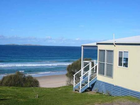 Surfbeach Holiday Park - Tourism Brisbane