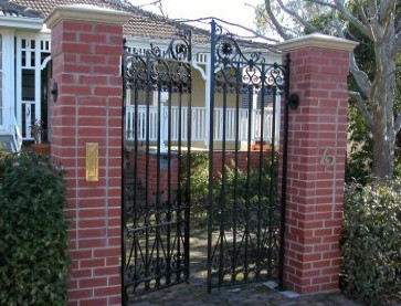 Gates Cottage Bed  Breakfast - Tourism Brisbane