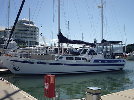 Coral Sea Dreaming Dive and Sail - Tourism Brisbane