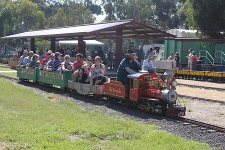 Altona Miniture Railway - Tourism Brisbane