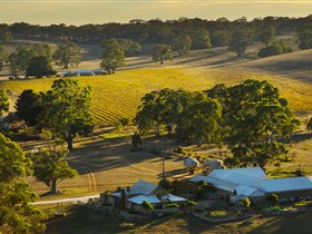 Hutton Vale and Farm Follies - Tourism Brisbane