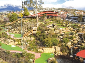 Putters Adventure Golf - Tourism Brisbane