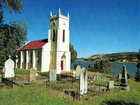 St Matthias Anglican Church - Tourism Brisbane