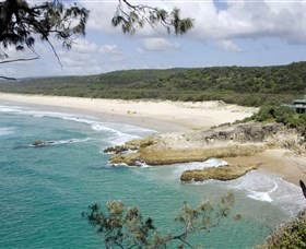 Main Beach North Stradbroke Island - Tourism Brisbane