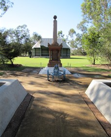Mitchell War Memorial - Tourism Brisbane