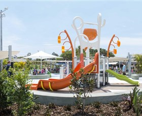 Gladstone Aquatic Centre - Tourism Brisbane