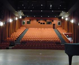 Capitol Theatre Tamworth - Tourism Brisbane