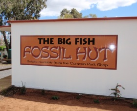 Big Fish Fossil Hut at Peak Hill - Tourism Brisbane