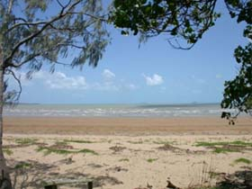 Armstrong Beach - Tourism Brisbane