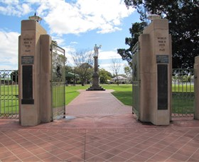 Goondiwindi War Memorial - Tourism Brisbane