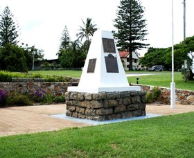 Dunwich War Memorial - Tourism Brisbane