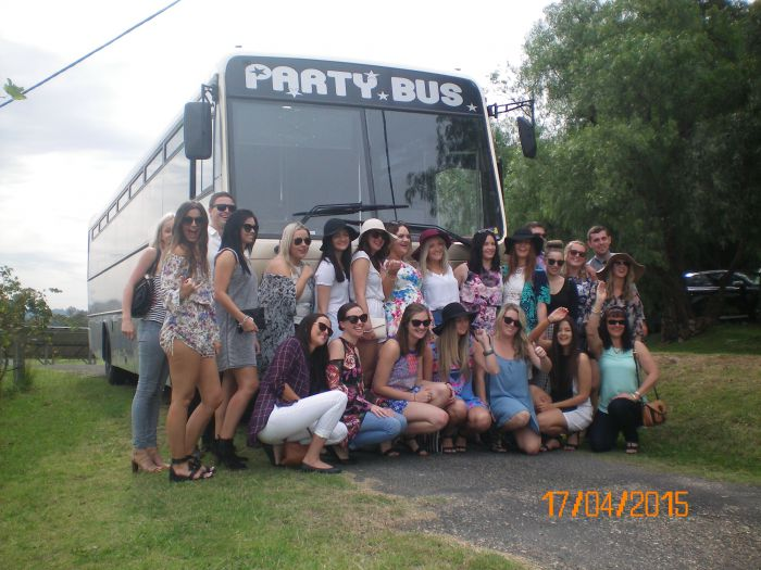 R  R Bus and Leisure Hire - Tourism Brisbane
