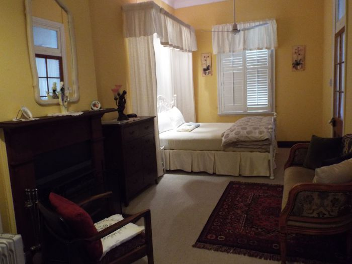 Guy House Bed and Breakfast - Tourism Brisbane