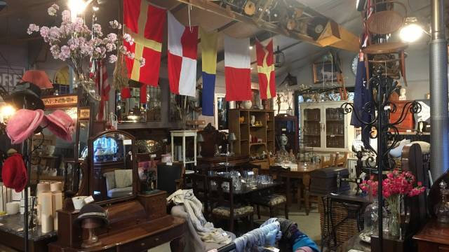 Village Emporium and Antiques Bungendore - Tourism Brisbane