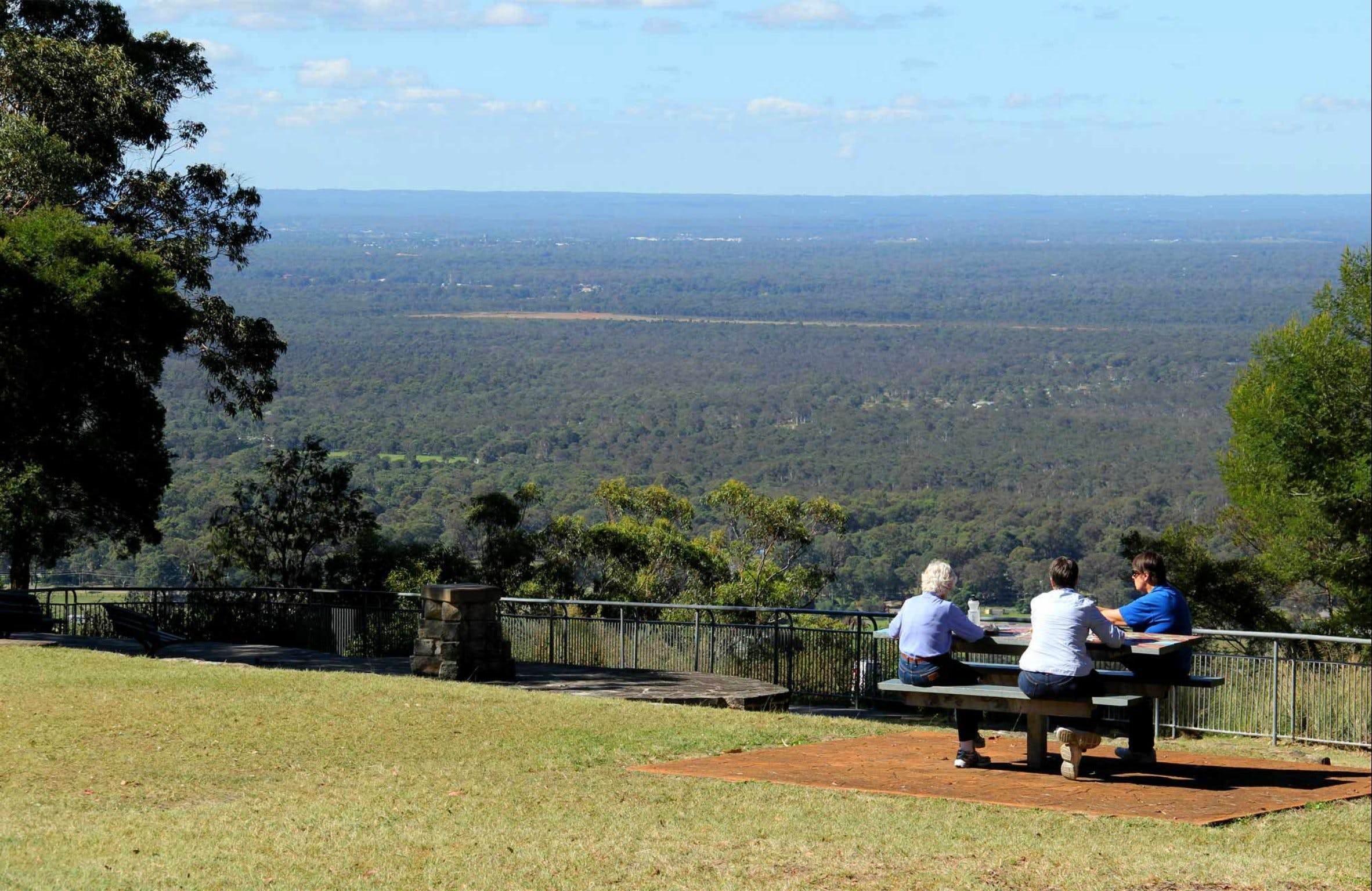 Hawkesbury Lookout - Tourism Brisbane