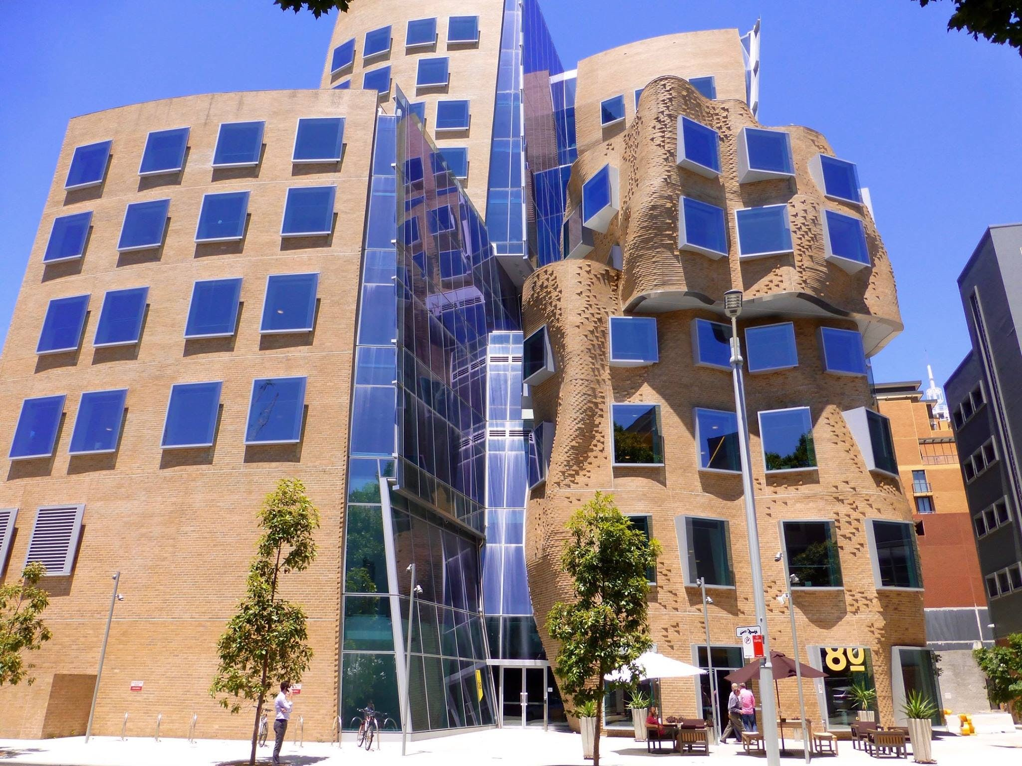 University of Technology - Dr Chau Chak Wing Building - Tourism Brisbane