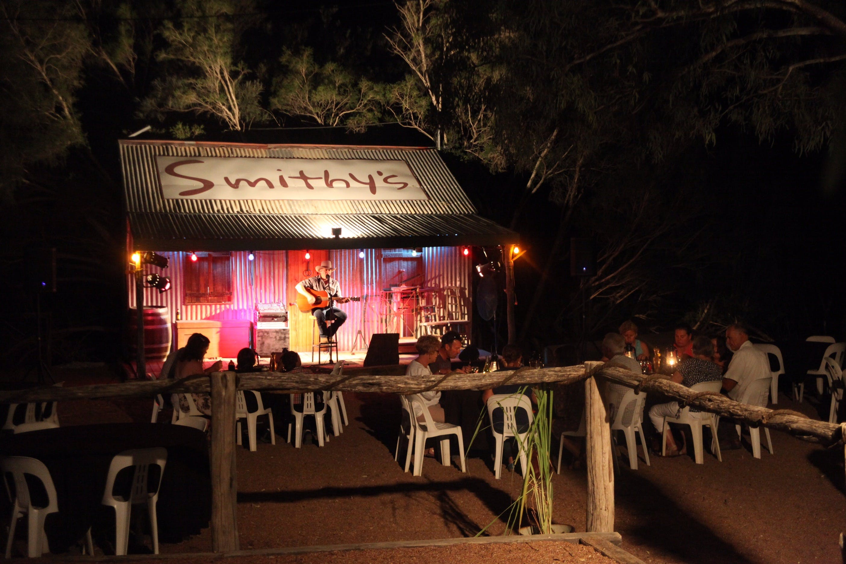 Smithy's Outback Dinner and Show - Tourism Brisbane