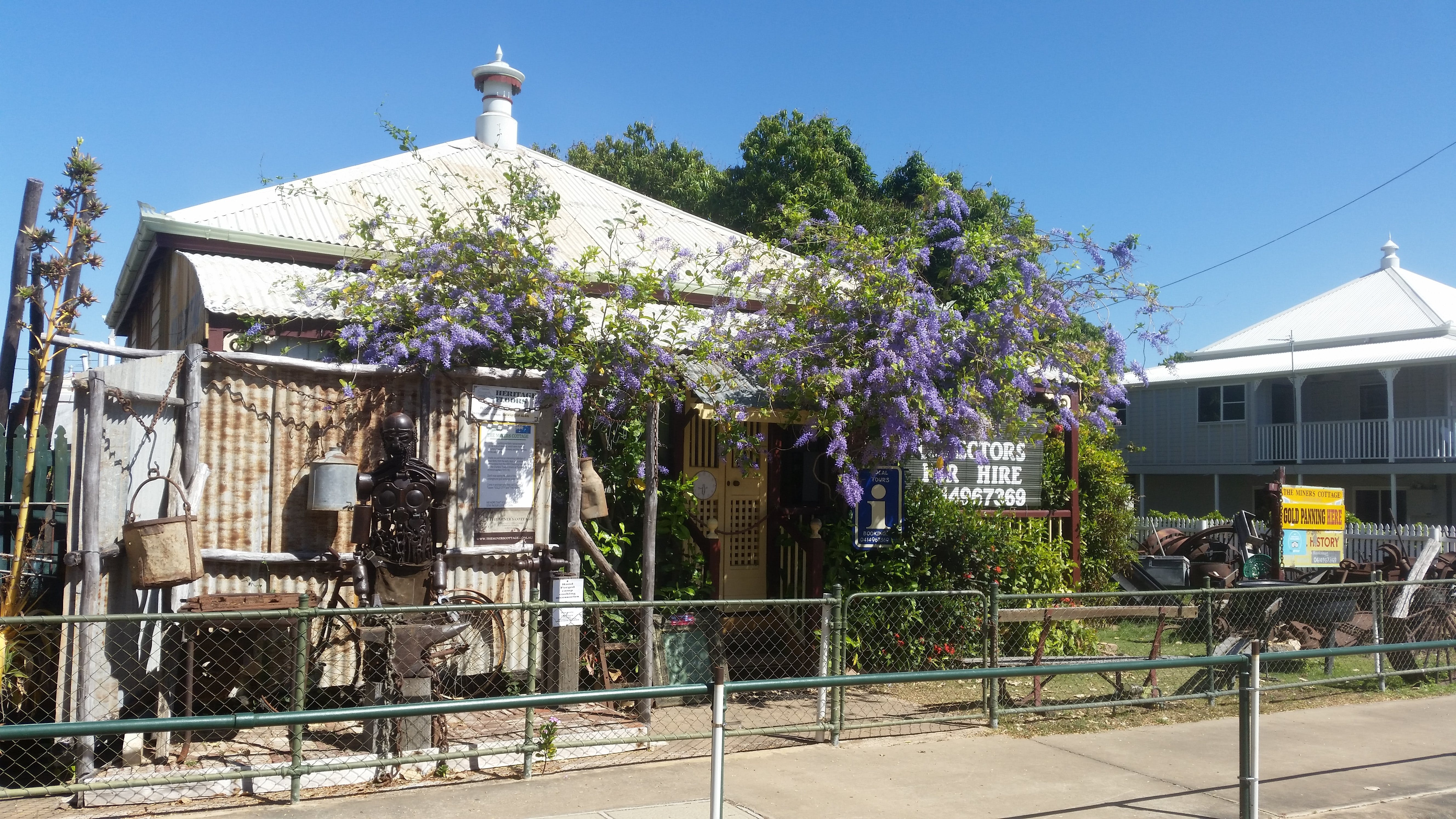 The Miner's Cottage - Tourism Brisbane