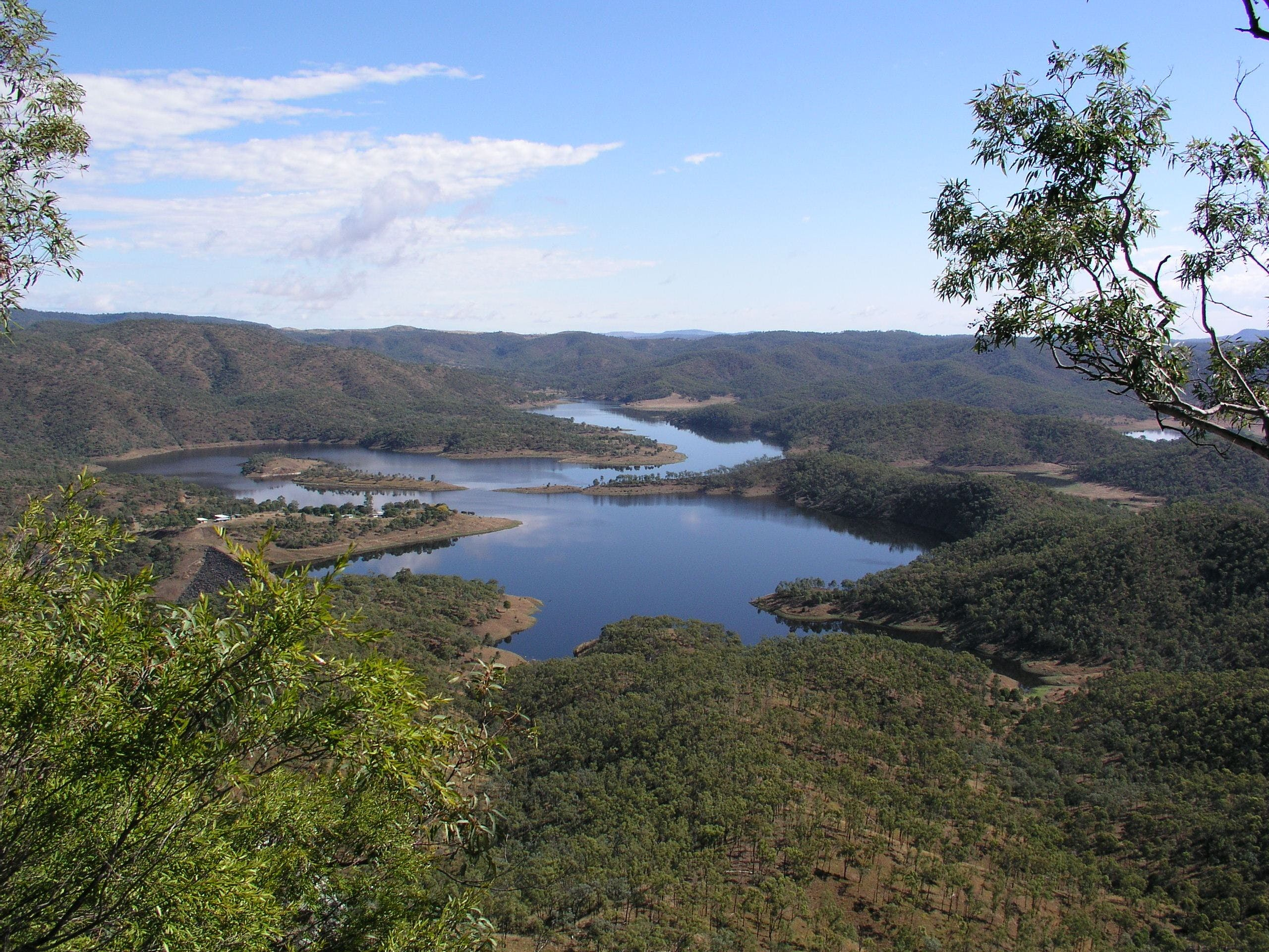 Lake Cania - Tourism Brisbane