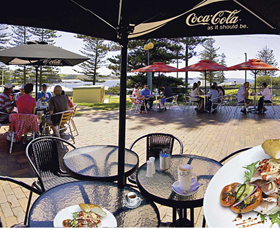 The Beach and Bush Gallery and Cafe - Tourism Brisbane
