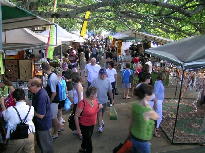Eumundi Markets - Tourism Brisbane