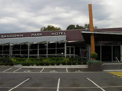 Sandown Park Hotel - Tourism Brisbane