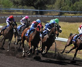 Alice Springs Turf Club - Tourism Brisbane