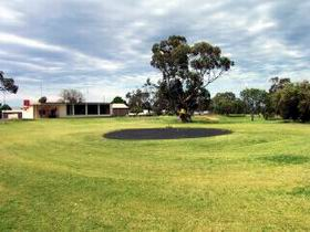 Cleve Golf Club - Tourism Brisbane