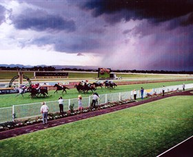 Hawkesbury Race Club - Tourism Brisbane