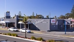 Bellevue Hotel Tuncurry - Tourism Brisbane