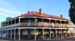 Brookton Club Hotel - Tourism Brisbane