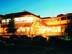 Loxton Community Hotel Motel - Tourism Brisbane