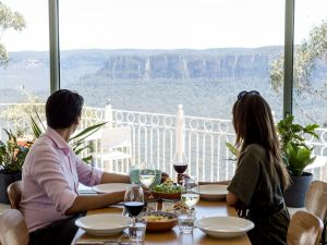 Christmas Day Lunch at The Lookout Echo Point - Tourism Brisbane