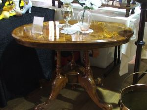 Berry Antiques and Collectables Fair - Tourism Brisbane
