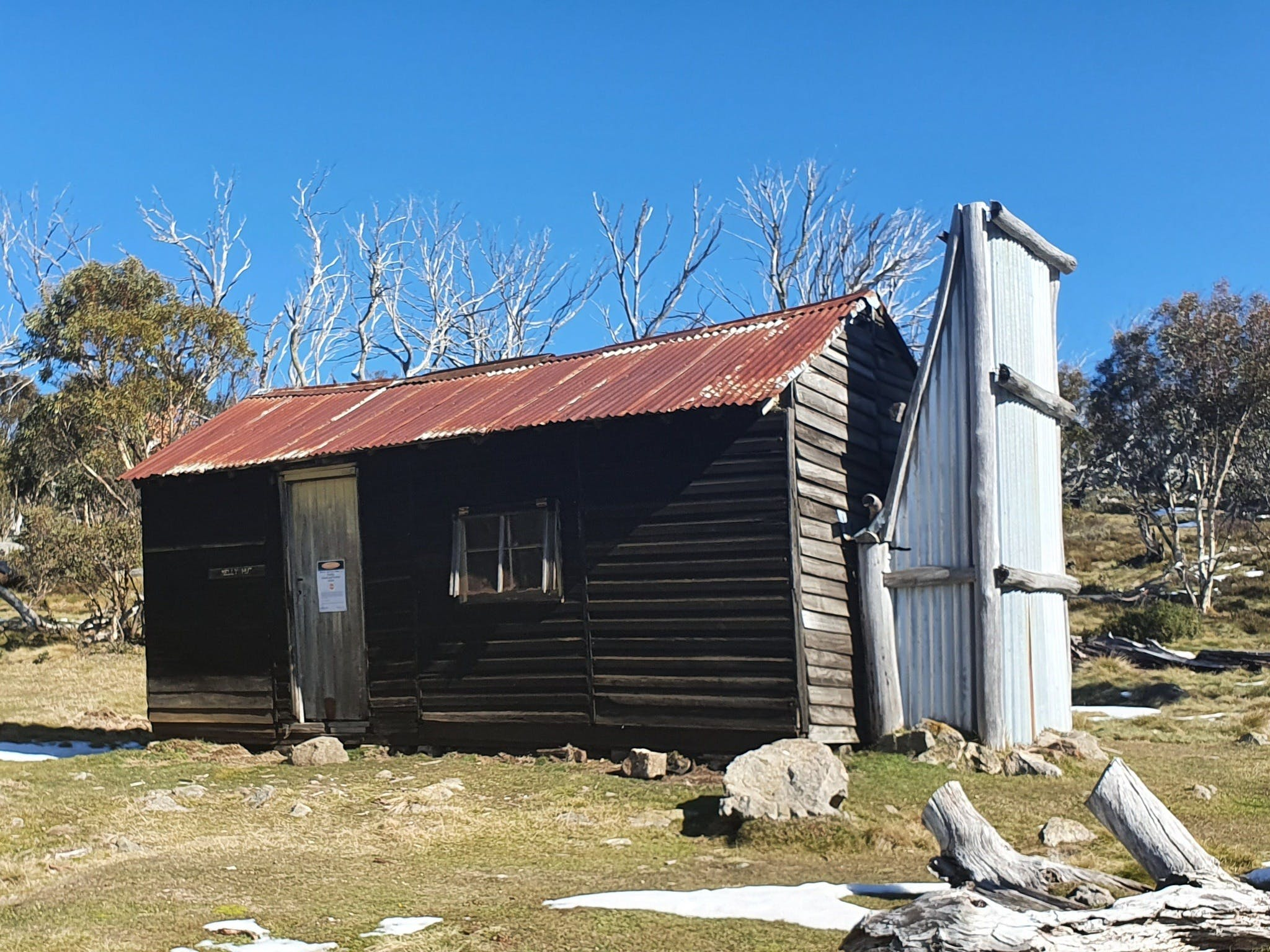Hedonistic Hiking's Razorback to Harrietville - Tourism Brisbane