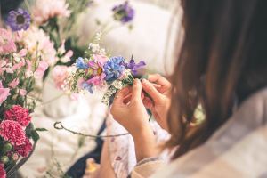 Summer Flower Crown Workshop - Tourism Brisbane