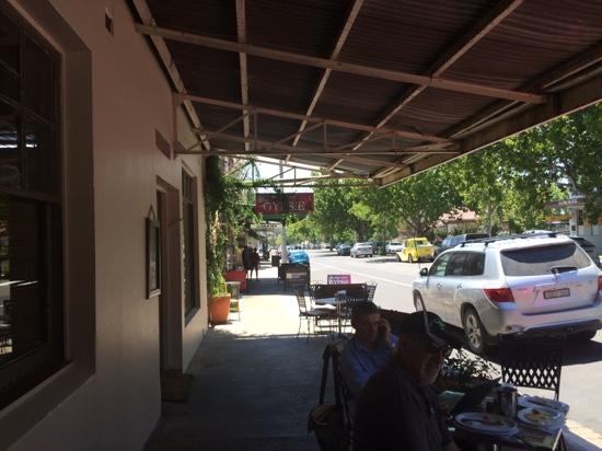 Cafe on Louee - Tourism Brisbane
