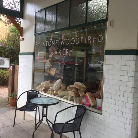 Rylstone Woodfired Bakery - Tourism Brisbane