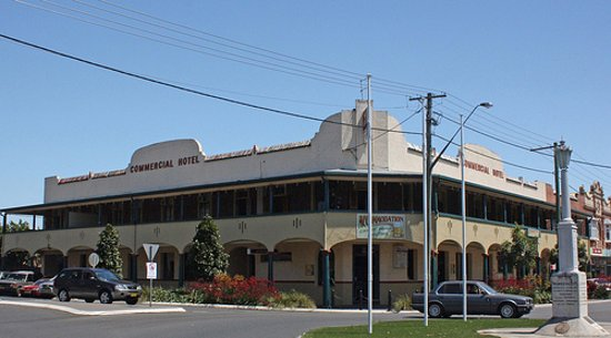 Commercial Hotel - Tourism Brisbane