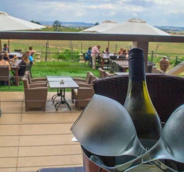 Cottontails Restaurant and Winery - Tourism Brisbane