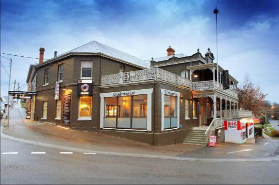 Deloraine Hotel Restaurant - Tourism Brisbane